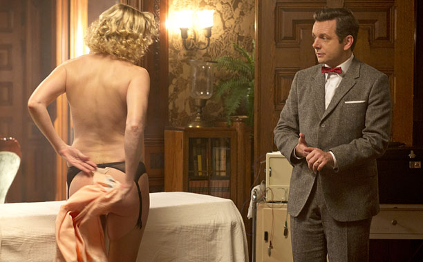 Nicholle Tom as Maureen and Michael Sheen as Dr. William Masters in Masters of Sex (season 1, episode 2) - Photo: Peter Iovino/SHOWTIME