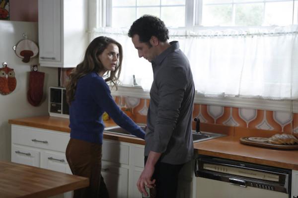 Keri Russell as Elizabeth Jennings and Matthew Rhys as Philip Jennings