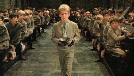 『ハミルトン』の演出家トーマス・カイルとラッパーのアイス・キューブでディケンズの『オリバー・ツイスト』がミュージカル映画に!