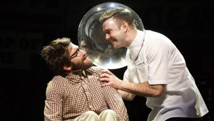 SNLのタラン・キラムが戴冠! ジョージ3世としてミュージカルHamilton『ハミルトン』に出演!