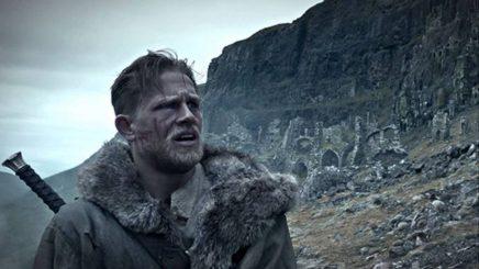 King Arthur: Legend of the Sword『キング・アーサー:レジェンド・オブ・ザ・ソード (原題)』オフィシャルトレイラー