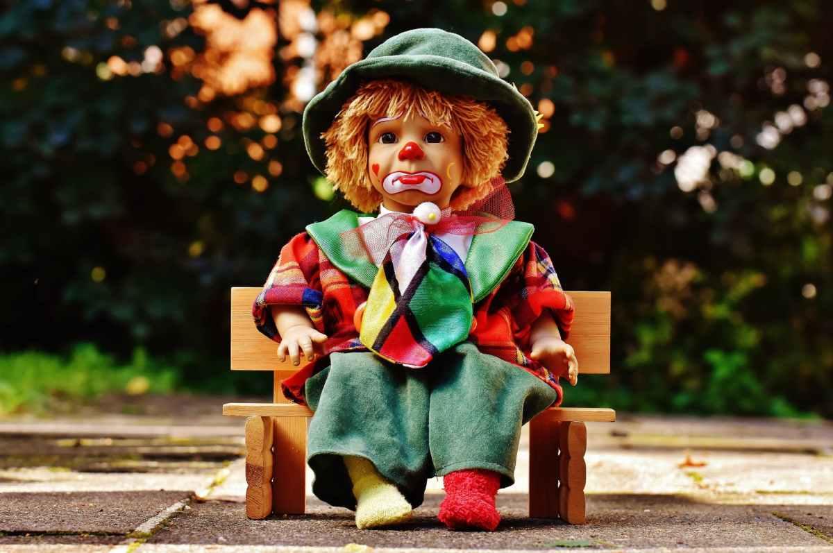 ソンドハイムの名曲 'Send in the Clowns'(センド・イン・ザ・クラウン)を新旧女優で聴き比べ!
